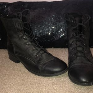Shoes - GUESS Black Leather Combat Style Boots